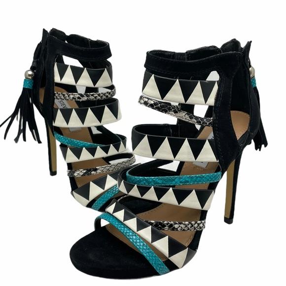Steve Madden Trending Tribal Heels Sandals 6